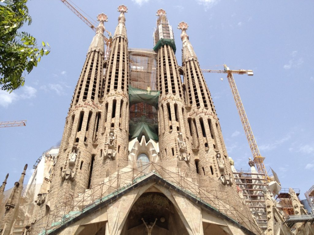 Catedral de la Sagrada familia,Barcelona, ambidiosidad, 10 lugares mas binitos de España