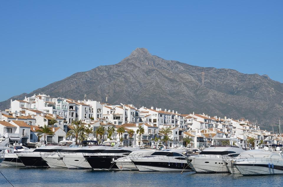 fotografia de Marbella, de las ciudades más lujosas de a España